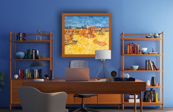 Van Gogh reproductie van Oogst in Provence in interieur.