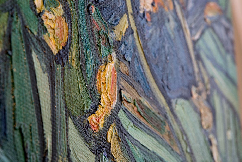 Replica Irises detail