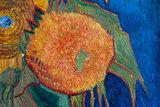 detail five sunflowers Van Gogh replica